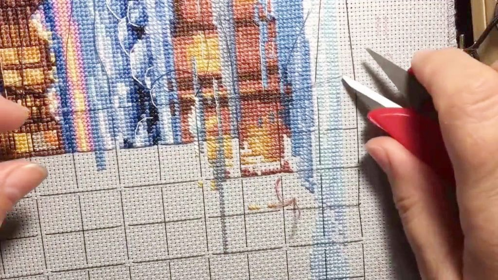 How to stitch? What is canvas marking? Short embroidery tips for beginners.