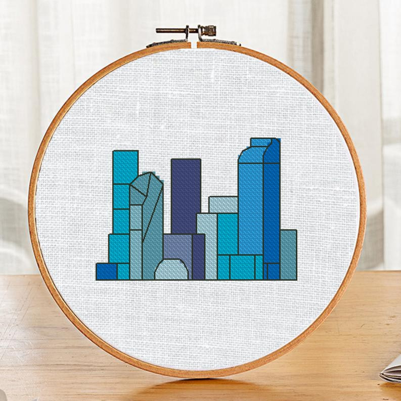 "Free small cross-stitch pattern ""City Modern"" for beginners"
