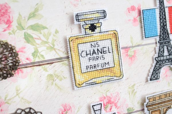 """""""France Magnets"""" Small Easy Cross Stitch Kit Coutries"""