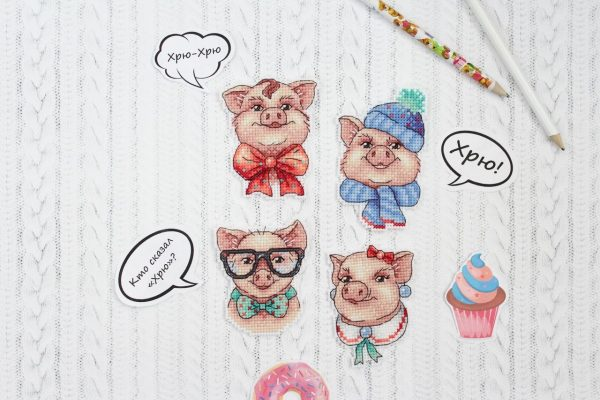 """""""Funny Pigs. Magnets"""" Small Cross Stitch Kit Animals Easy"""