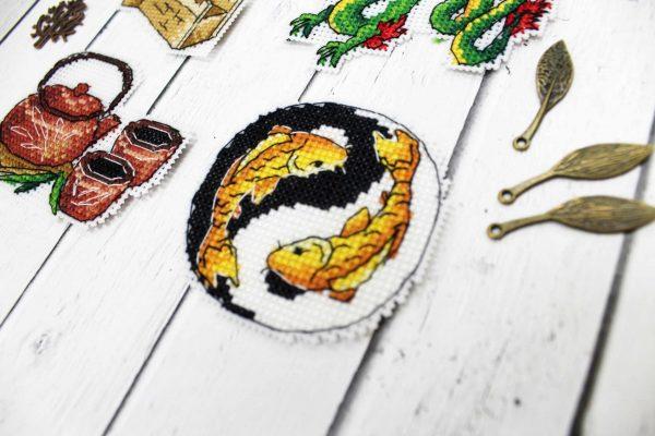 """""""China Magnets"""" - Small Cross Stitch Kits US UK Countries"""